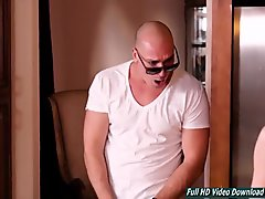 Milf Rachel Starr gets fucked in the morning young bald lodger joinass.com