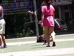 Petite culotte blanche au parc